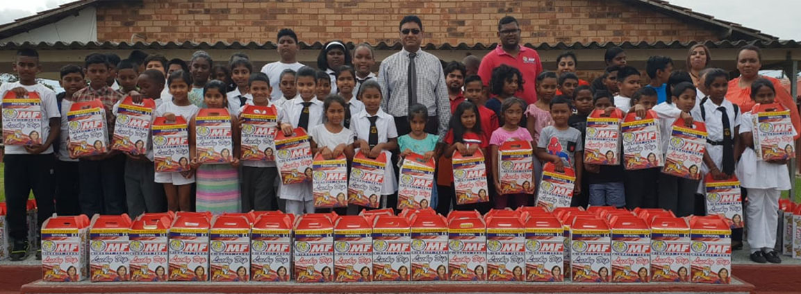 Minority Front Lucky Dips Distribution For Christmas To Learners In Chatsworth